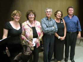 Von links nach rechts: Denette Whitter, Vorsitzende Radegundis Villinger-Schmeller, Hugo Scholter, Veronika Diefenbacher, Christoph von Weitzel